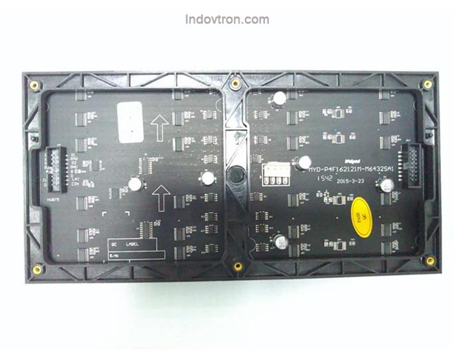 videotron P4 SMD2121 indoor RGB led module 1/16 scan dalam ruangan belakang, videotron murah surabaya, jual videotron murah, videotron p10,p8,p6,p5 harga murah, jasa konsultan videotron